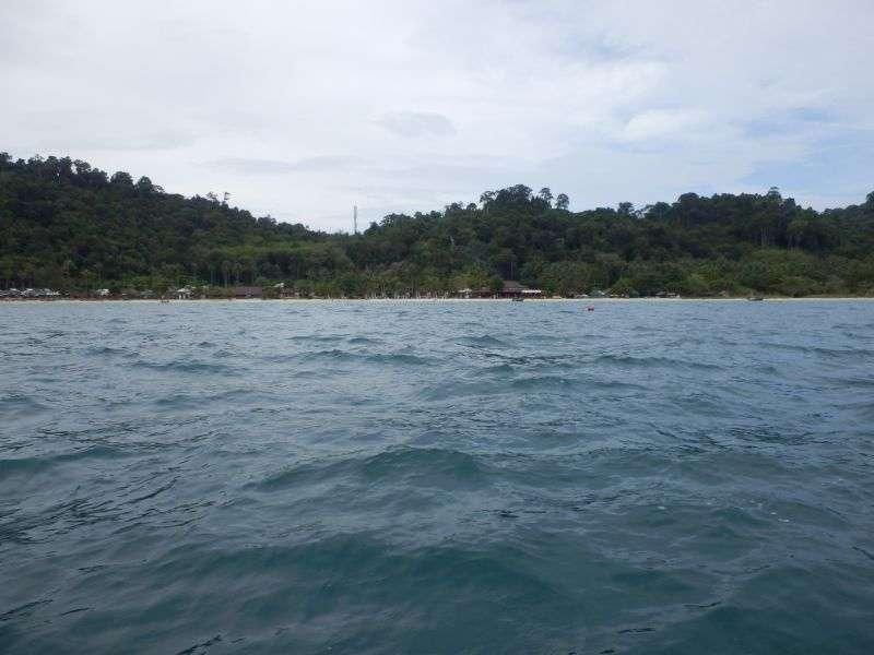 der Strand am Koh Hai Fantasy Resort vom Meer aus